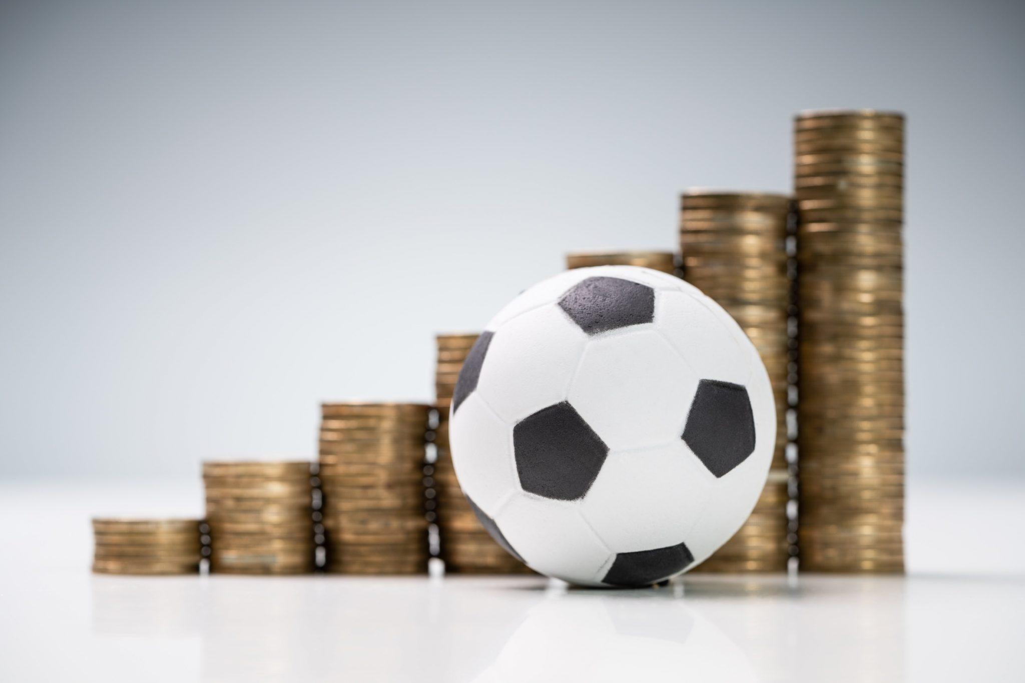 האם השקעה במניות קבוצת ספורט היא השקעה חכמה? כל הפרטים בכתבה הבאה של דה ברוקר